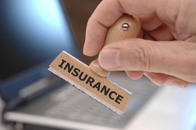 Khoản chi trả cho bảo hiểm là bắt buộc đối với tất cả sinh viên nước ngoài du học tại Pháp